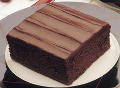 Hershey's sour cream chocolate cake with fudge frosting