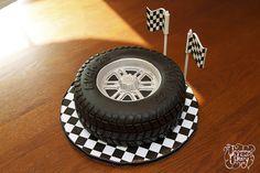 birthday parti, tire cake, car cakes, race cake tire, bake idea, birthdays, groom cake, 30th birthday, birthday cakes