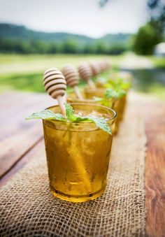 drink stirrers