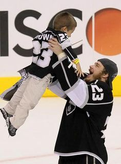 Dustin Brown and his son
