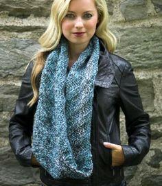 NobleKnits Knitting Blog: Baby Alpaca Hues Cowl Free Knitting Pattern