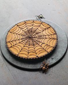 Pumpkin Chocolate Spiderweb Tart / Halloween for Grownups on DFM