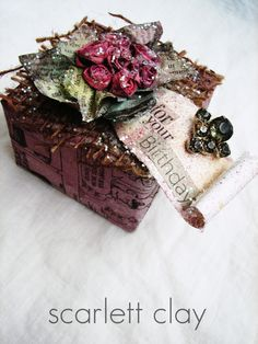 newspap flower, gift boxes, challenges, gift wrap, newspaper crafts, food coloring, wrapped gifts, handmade flowers, diy projects