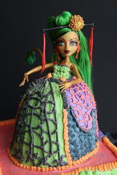 Monster High birthday cake -- Jinafire