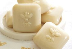 soaps, idea, soap bar, potteri barn, bath, bee reveri, busi bee, honey bees, bee soap
