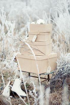 Image Via: Dustjacket Attic holiday, summer picnic, winter, company picnic, boxes, white christmas, merri christma, rustic christmas, christmas gifts