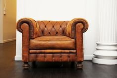leather club chair. amazing.
