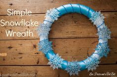 Simple Snowflake Wreath for next year