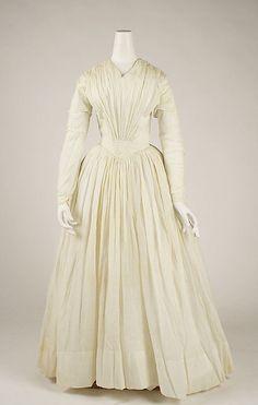 Dress American ca. 1842