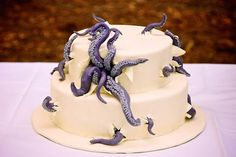 """Cake Wrecks - Home - Sunday Sweets: Dragon ConTreats """"Admit it: best. horror cake. EVER."""""""