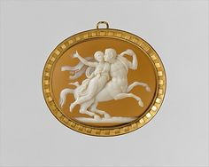 Sardonyx and gold cameo pendant ca. 1815–25, Italian - in the Metropolitan Museum of Art costume collections.