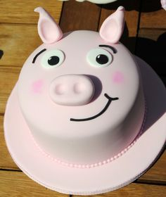 Cute pig cake! #birthday #party to go with Jesus's other pig cake! pigs cake, pig birthday cake, piggy cakes, pig birthday party, birthday parties, 16th birthday, pig cakes, cakes birthday, birthday cakes