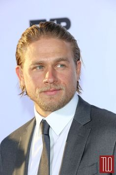 Charlie Hunnam at the Sons of Anarchy Season 6 Premiere | Tom & Lorenzo