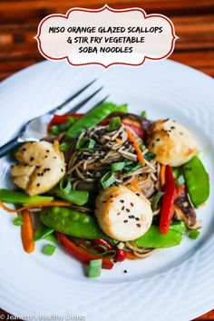 Miso Glazed Scallops with Stir Fry Vegetable Soba Noodles © Jeanette's Healthy Living #seafood #glutenfree #healthyrecipe #healthydinner