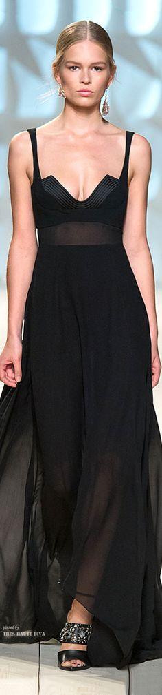 Glamour Gown/karen cox....#Paris FW Nina Ricci Spring Summer 2015 RTW