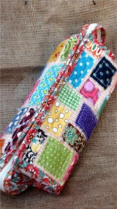 Sew Together Bag Pattern - great storage for sewing tools.