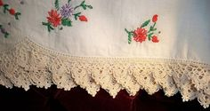 Crochet Bleeding Heart Flower edging