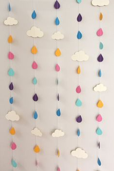 Rainbow Raindrops and Clouds Paper Garland clouds, paper garlands, shower baby, rainbows, rain drops, rainbow raindrop, baby shower parties, april showers, baby showers