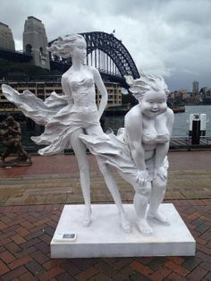 Awesome sculptures in Sydney