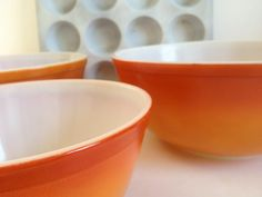 3 FLAMEGLO vintage Pyrex mixing bowls 402 by TheHaystackNeedle1