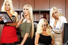 2Busty babes: Courtney Taylor, Nikki Benz, Nina Elle & Summer Brielle