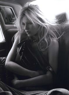 Kate Moss for Longchamp Ad Campaign Spring/Summer 2010