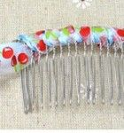 Try a new hairstyle with this DIY ribbon hair comb.