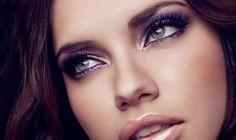 Adriana Lima makeup.