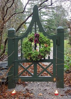 Garden gateBrought to you by Cookies In Bloom and Hannah's Caramel Apples   www.cookiesinbloom.com   www.hannahscaramelapples.com holiday, christmas wreaths, yard, fenc, green garden, garden gates, christmas decorating ideas, garden design ideas, green gate