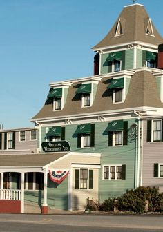 Romantic haunted hotels - Have you ever stayed in one? No, but I want to!