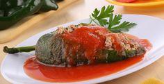 Chiles rellenos en salsa de jitomate #CuidarseEsDisfrutar