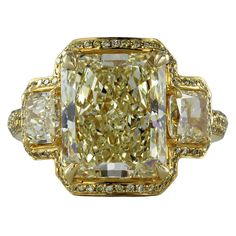 1STDIBS.COM Jewelry & Watches - Unknown - Spectacular 5.87ct Fancy Yellow Diamond Ring - Shreve, Crump & Low