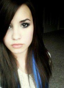 blue streak in hair, colors, blue hair, daughter, beauti, hair blue highlights, demi lovato, hair color, blues