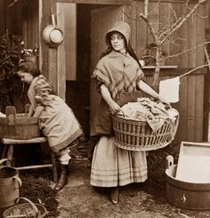 Wash Day, mother and daughter, America, 1870. #Victorian #vintage #laundry #domestic_life