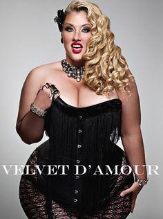 Velvet d'Amour shot by Maya Guez www.velvetography.com  www.volup2.com