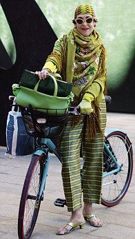 'Study women who dress well and learn from them,' says Tziporah, whose signature style is to be dressed to the nines cycle chic, fashion, bicycl, age, ride a bike, street styles, tziporah salamon, advanc style, bike style