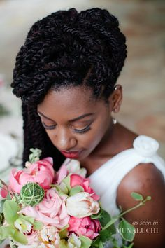 Love this beautiful picture of this natural bride…. photographer: Samantha Clarke Photography
