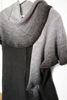 Beautiful Shawl...Free Pattern!.