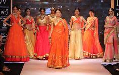 Dia Mirza and others model http://ShobhaShringar.com/legacy.html Jewellers, Mumbai at #IIJW2014