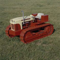Antique tractors on pinterest antique tractors old tractors and in for Craigslist pensacola farm and garden