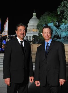 """TV crime-fighters Joe Mantegna and Gary Sinise have become perennial co-hosts of the """"National Memorial Day Concert"""" on PBS, which honors those who made the ultimate sacrifice in the U.S. Armed Forces."""