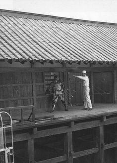 Toshirō Mifune and Akira Kurosawa on the set of Throne of Blood (1957)