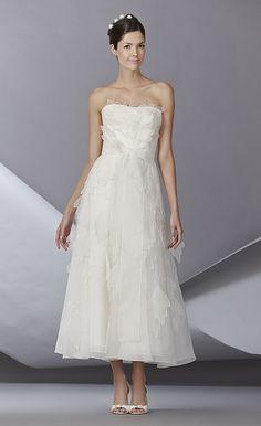 fashion weeks, wedding dressses, short wedding dresses, weddings, dress wedding, carolina herrera, bridal fashion, fall 2014, carolinaherrera