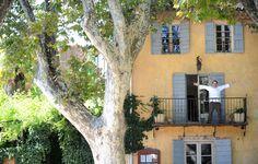 La petite maison de Cucuron : La maison