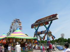 Broken Arrow, #Oklahoma holds the Rooster Days #Festival every year in Central #Park. With carnival rides, a parade, live #music, #food vendors and so much more, this three day celebration is fun for everyone