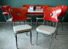 red kitchen, diner tabl, kitchen tables, kitchen dining, 1950s chair, 1950 kitchen, chair backs, kitchen chairs, kitchen diner