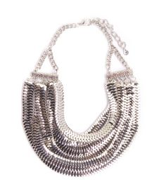Liquid silver layers in this metallic statement necklace. Totally flashy and we're lovin' it! Pair with a simple white or black or even nude tank, trousers and heels. Style perfection.    Adjustable  Imported
