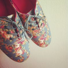 Floral shoes