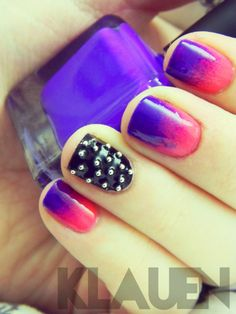 Gradients + black studded Nails