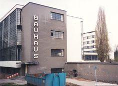 Great Buildings Image - Bauhaus